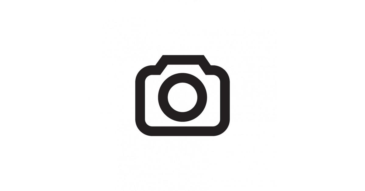 New Era - Maglia a Maniche Corte Uomo New Era Team Logo